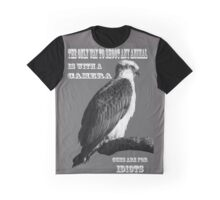 Hunt and shoot with a camera Graphic T-Shirt