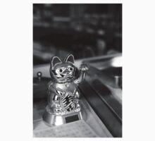 Chinese store cat - Martim Moniz Kids Clothes