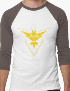 Pokémon Team Instinct - Zapdos Men's Baseball ¾ T-Shirt