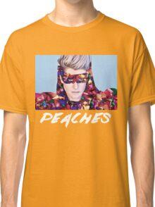 peaches music singer Classic T-Shirt