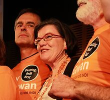 Cathy McGowan MP with campaign manager Phil Haines by jansant