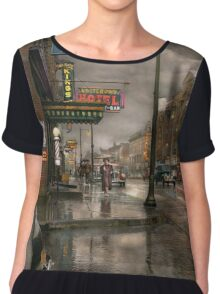City - Amsterdam NY -  Call 666 for Taxi 1941 Chiffon Top