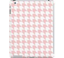 Rose quartz chevron pattern iPad Case/Skin