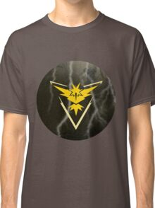 Pokemon Go - Team Instinct (lightning circle 1) Classic T-Shirt