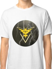 Pokemon Go - Team Instinct (lightning circle 1) Classic T-Shirt