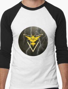 Pokemon Go - Team Instinct (lightning circle 1) Men's Baseball ¾ T-Shirt