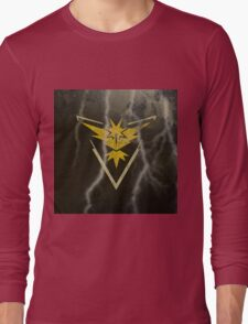 Pokemon Go - Team Instinct (lightning square) Long Sleeve T-Shirt