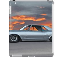 1963 Buick Riviera 'Sunset Strip' iPad Case/Skin