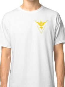 Team Instinct Symbol (Small + No Words) Classic T-Shirt