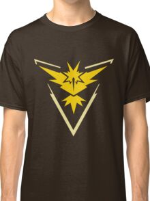 Team Instinct Symbol (Large + No Words) Classic T-Shirt