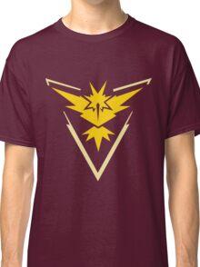 Team Instinct Symbol (Large + No Words) Classic T-Shirt