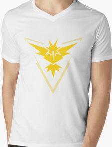 Team Instinct Symbol (Large + No Words) Mens V-Neck T-Shirt