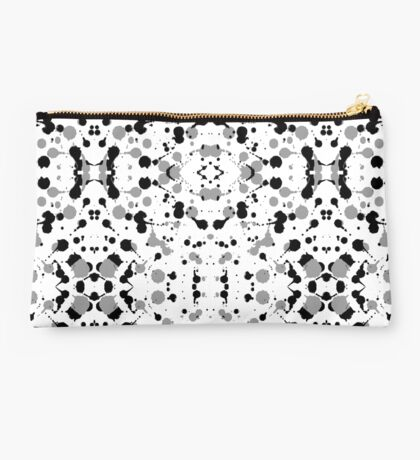 Marble Tears, White Studio Pouch
