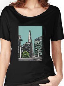 Peeking at the Shard Women's Relaxed Fit T-Shirt