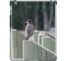 Robin sitting on a post iPad Case/Skin