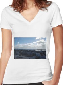 Cloudy Jetty Women's Fitted V-Neck T-Shirt