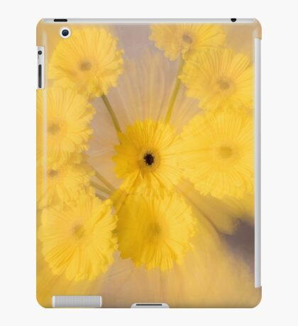 Yellow flower with zoom blur iPad Case/Skin