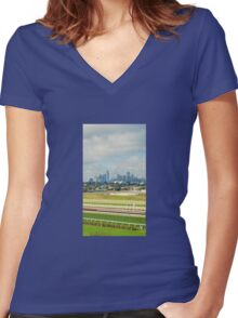 DISTANT MELBOURNE CITY Women's Fitted V-Neck T-Shirt