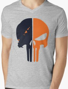 Punisher x Deathstroke Mens V-Neck T-Shirt