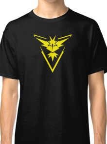 Pokemon GO: Team Instinct - Clean (Yellow Team) Classic T-Shirt