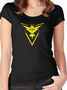 Pokemon GO: Team Instinct - Clean (Yellow Team) Women's Fitted Scoop T-Shirt