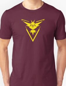 Pokemon GO: Team Instinct - Clean (Yellow Team) Unisex T-Shirt