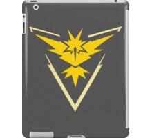 Pokémon GO Team Instinct iPad Case/Skin