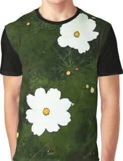 Daisies on Green Graphic T-Shirt
