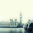 London by BlancaJP