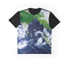 Beautiful wonderful earth Graphic T-Shirt