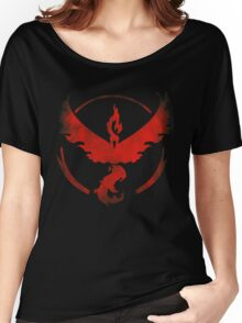 Team Valor grunge red - black bg Women's Relaxed Fit T-Shirt