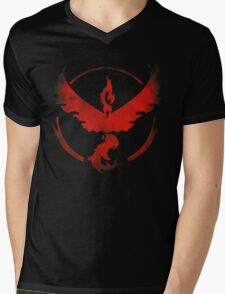 Team Valor grunge red - black bg Mens V-Neck T-Shirt