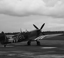 Waiting to scramble! Spitfire ready to go by PathfinderMedia