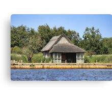 Horsey mere thatched cottage Canvas Print