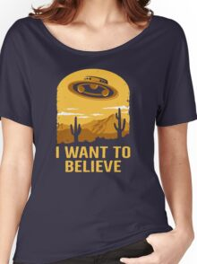 Believe In UFOs Women's Relaxed Fit T-Shirt