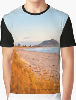 Mount Maunganui beach scene for covers, smartphone cases  Graphic T-Shirt