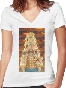 Dalek Christmas Women's Fitted V-Neck T-Shirt