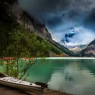 Canoe by the magnificent Lake Louis  by derejeb