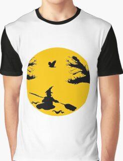 Kanu Hexe Graphic T-Shirt