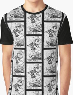 The Fool Tarot Card - Major Arcana - fortune telling - occult Graphic T-Shirt