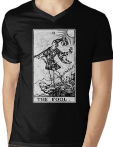 The Fool Tarot Card - Major Arcana - fortune telling - occult Mens V-Neck T-Shirt