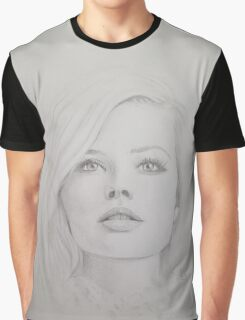 Margot Robbie - Portrait  Graphic T-Shirt