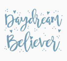 daydream believer Kids Tee