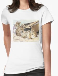 Don't go into the trap! Says Father Mouse Womens Fitted T-Shirt