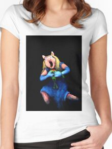 Miss Piggy Devouring Kermit Women's Fitted Scoop T-Shirt