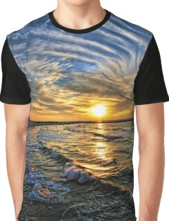 hypnotic sunset  Graphic T-Shirt