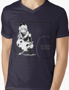 Kyouko Being cute Yuru Yuri  Mens V-Neck T-Shirt