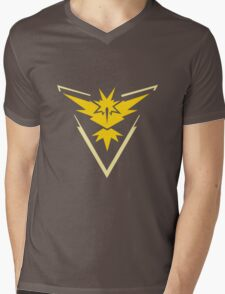 TEAM INSTINCT LOGO Mens V-Neck T-Shirt