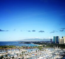 Honolulu lagoon & beach - daytime by katherinepaulin