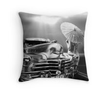 QUEEN OF THE HIGHWAY Throw Pillow